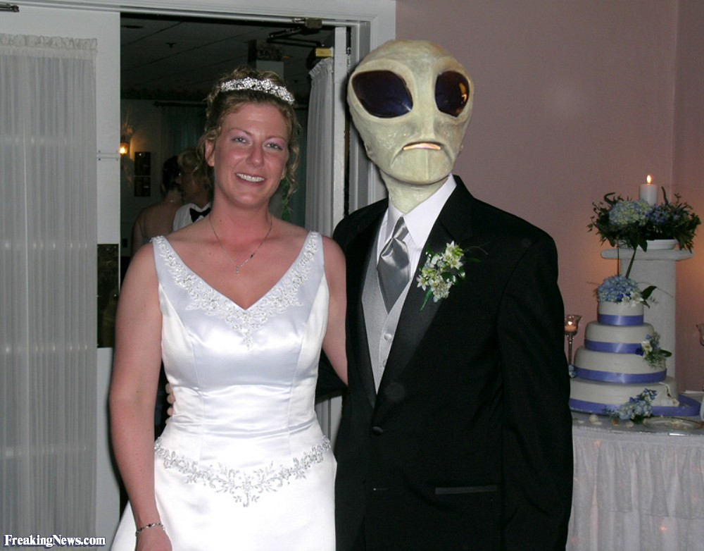 Alien-Groom-and-his-Human-Bride-18959