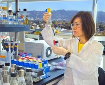 p.-24-25science-women-scientists