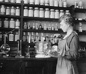 womanchemist